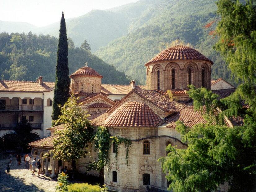 Какую местную сим-карту выбрать во время поездки в Болгарию?