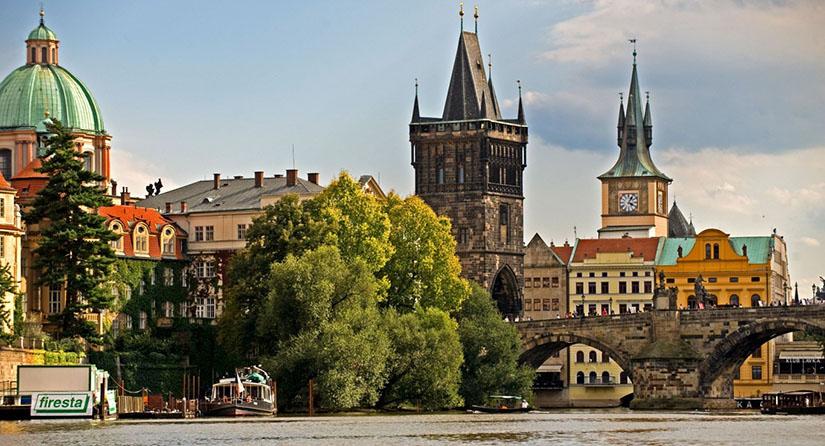 Что предлагают чешские мобильные операторы для туриста?