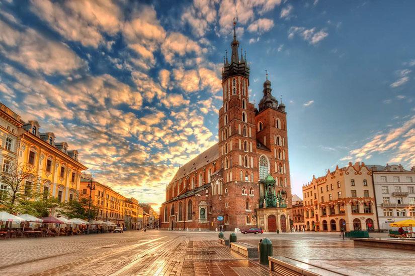 Самые полные данные о том, какие сотовые операторы работают в Польше и какие услуги они предоставляют