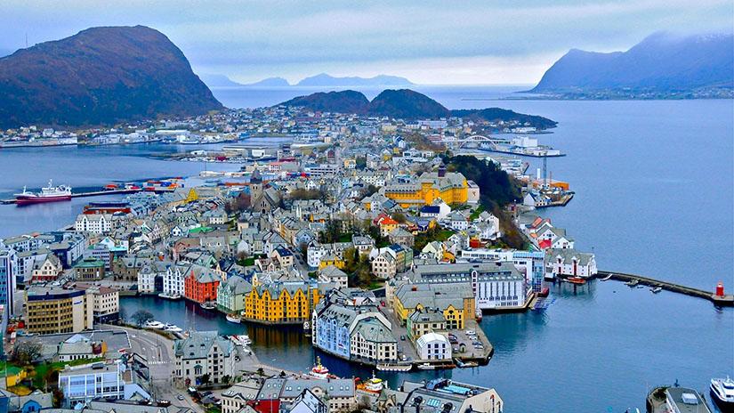 Предложения мобильных операторов Норвегии туристам и путешественникам