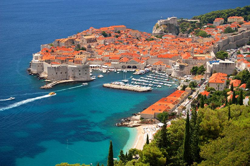 Какие услуги связи предлагают сотовые операторы Хорватии?