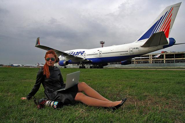 Как приобрести дешевые авиабилеты и когда выгодней летать