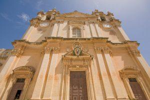 Путешествие по Мальте на автобусе