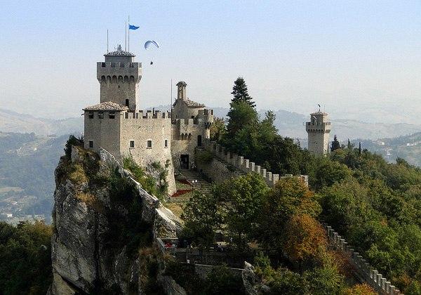Сан-Марино: средневековая красота и современный комфорт. Мобильный интернет в Сан-Марино.