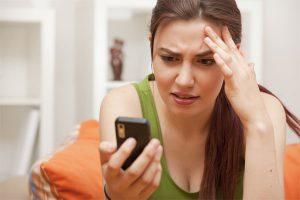 ненужные платежи владельцев смартфонов и айфонов