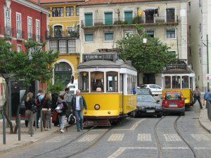 в лиссабоне большой выбор транспорта