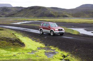 по исландии на автомобиле