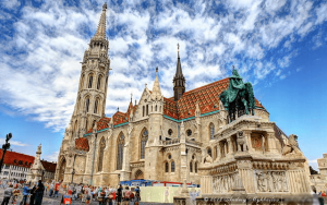 самый крупный аэропорт венгрии находится в будапеште