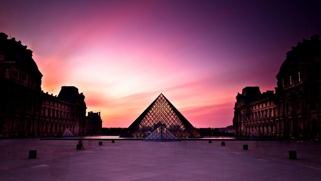 Лучшие музеи мира Лувр