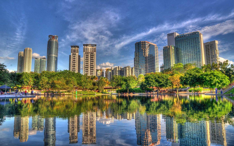 Мимо каких достопримечательностей нельзя пройти в столице Малайзии