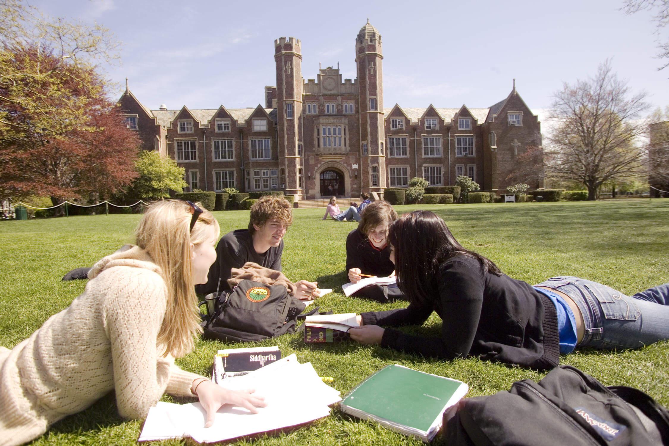Сложности обучения за границей