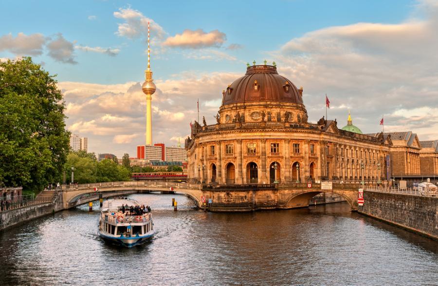 Лучшие выходные в Берлине и отзыв о сим-карте Оранж