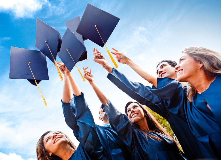 Что нужно сделать в первую очередь для получения стипендии и гранта для обучения за границей?