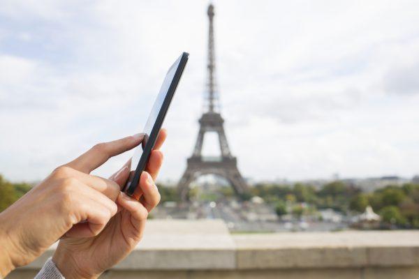 Полезные приложения для туристов, которые едут в Париж