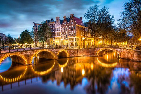 Лучший подарок – поездка в Нидерланды и мнение о сим-карте Orange