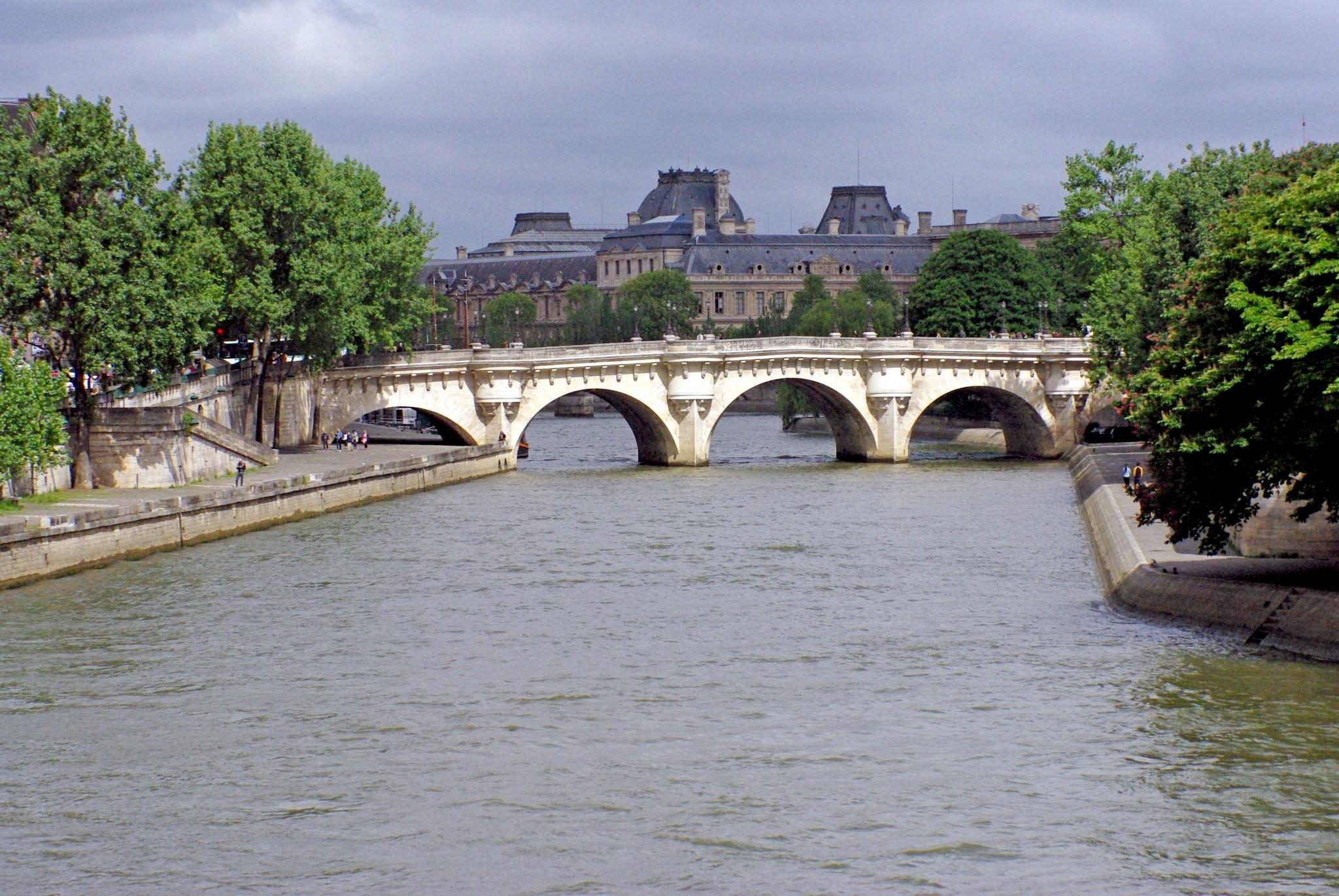Мечта исполнилась – поездка в Париж и отзыв о стартовом пакете Orange