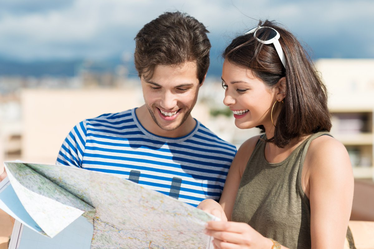 турист с картой ошибки
