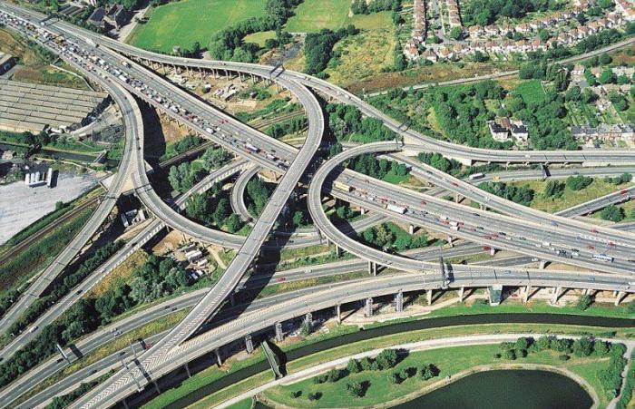 Сложнейшие дорожные развязки мира, о которых стоит знать