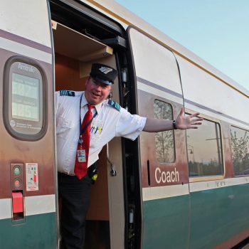Полезные лайфхаки для путешествие в поезде