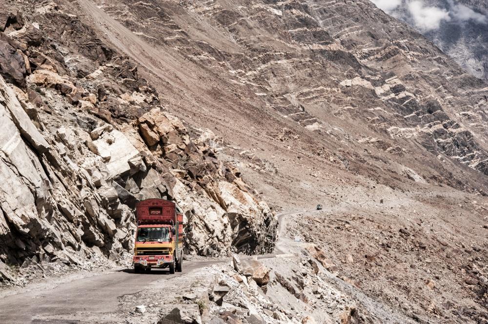 Наиболее опасные дороги в мире: лидеры рейтинга