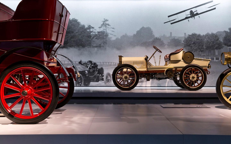 Лучшие музеи автомобилей в мире, от которых туристы будут в восторге