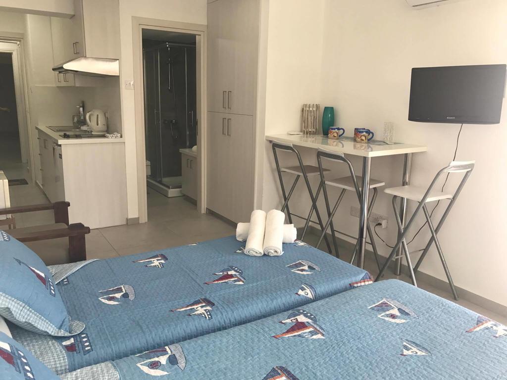 отель MARIA HOTEL APTS в Айя-Напе