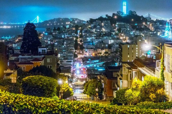 в Сан-Франциско с сим-картой THREE
