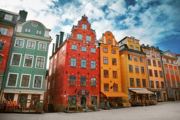 Мобильный интернет в Швеции недорого: покупаем сим-карту в России