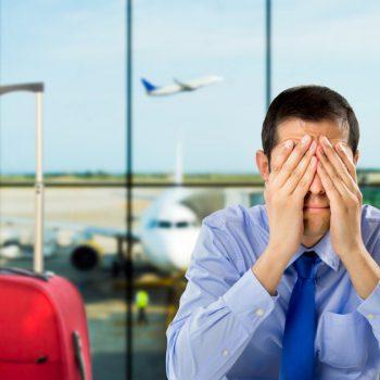 Неприятности в аэропорту: какую выгоду может извлечь турист?