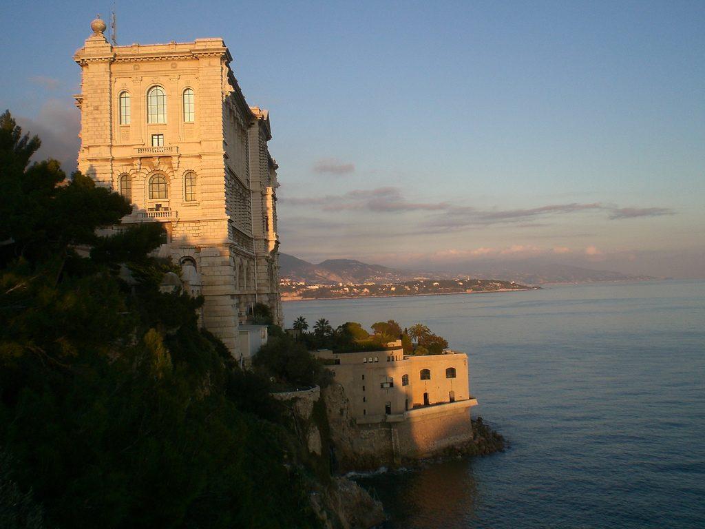 Сотовая связь и мобильный интернет для туристов в Монако