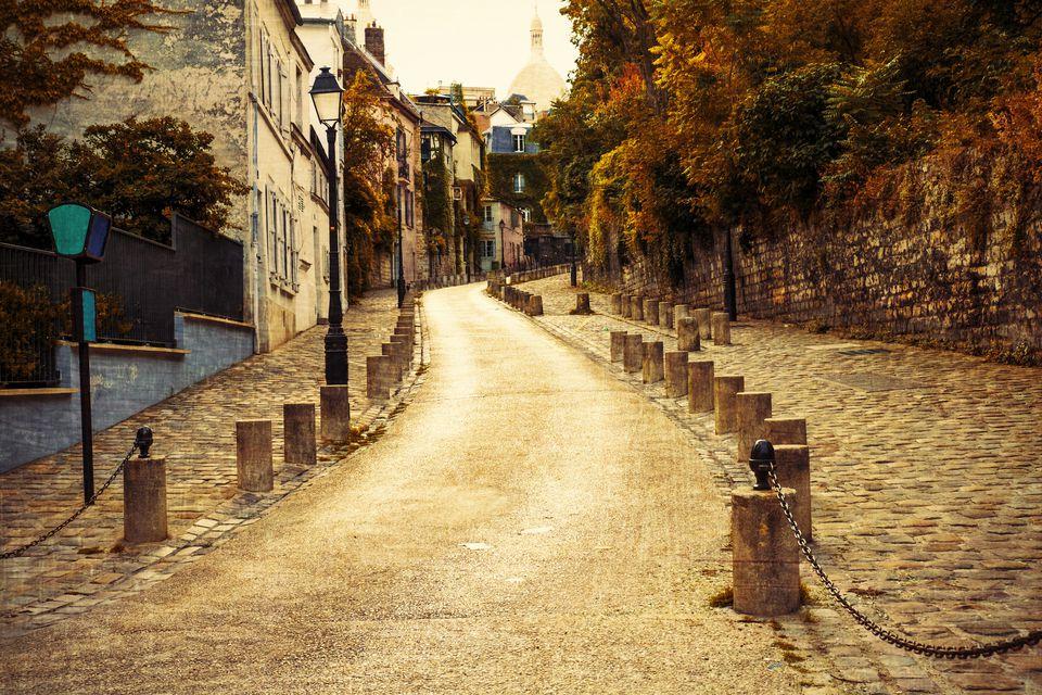 Поездка в Париж осенью – выбираем сим-карту в России