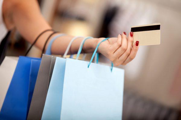 Секреты Tax Free: как сэкономить туристу на покупках за границей?
