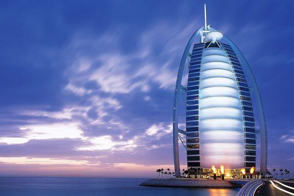 Потребуется ли виза российским туристам для отдыха в ОАЭ в 2017 году?