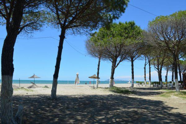 Ленивый сентябрьский отпуск в Албании (Голем, Дуррес) и отзыв о тарифе от Vodafone
