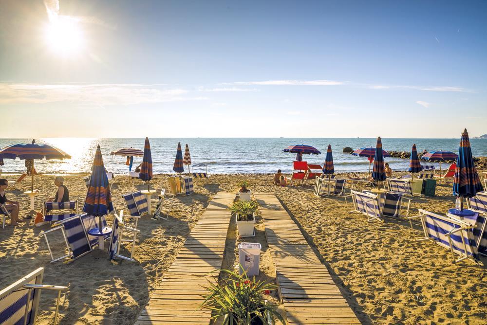 сентябрьский отпуск в Албании (Голем, Дуррес) и отзыв о тарифе от Vodafone
