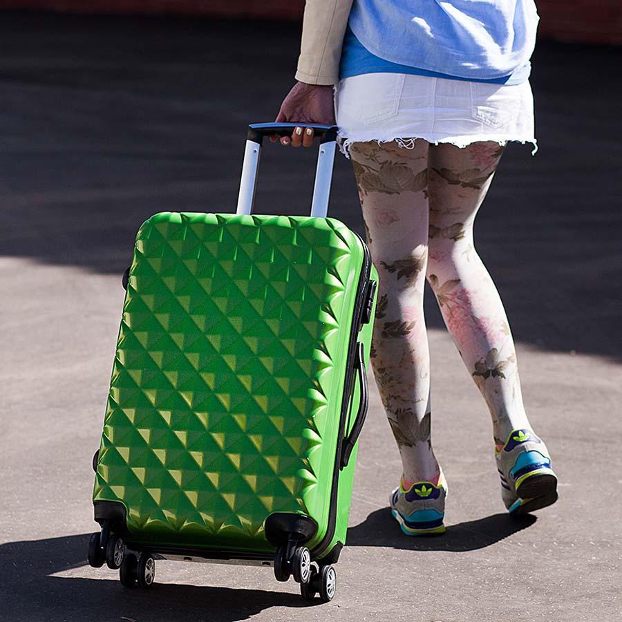 хороший чемодан для путешествий