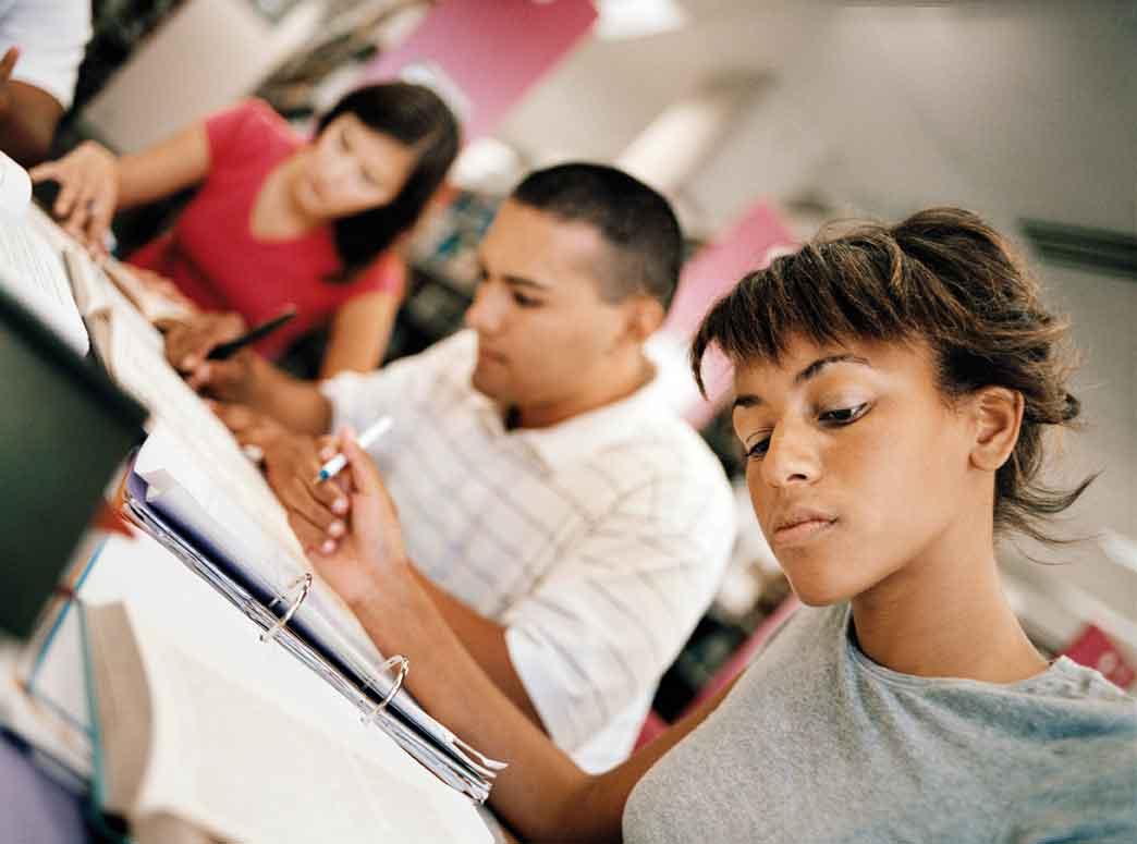 Чем различаются между собой IELTS и TOEFL: как сделать правильный выбор абитуриенту?
