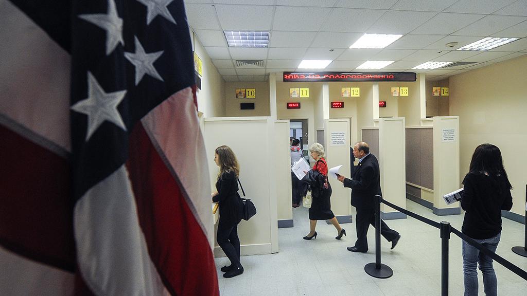 Кому не придется ехать в Москву на собеседование в посольство США?