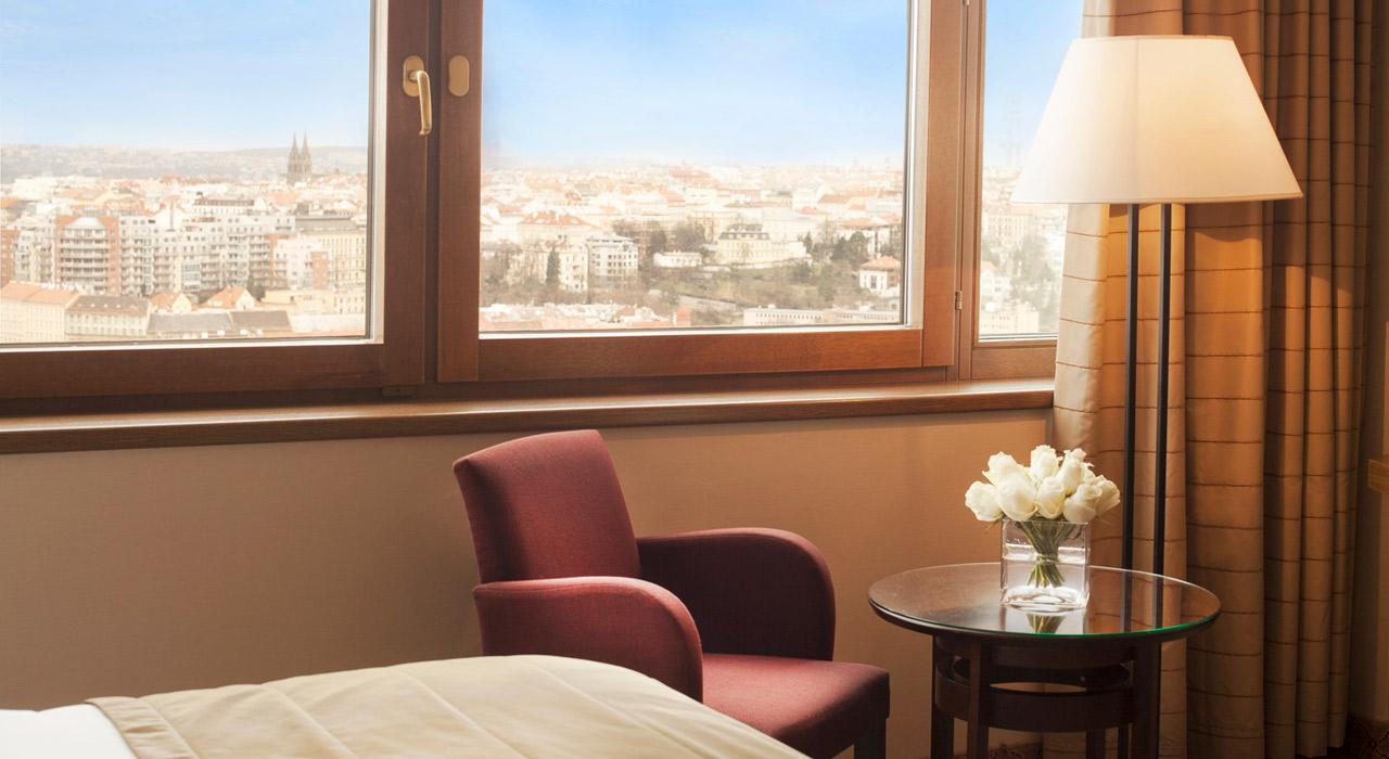 Corinthia Prague Hotel и отзыв о роуминге от Билайна