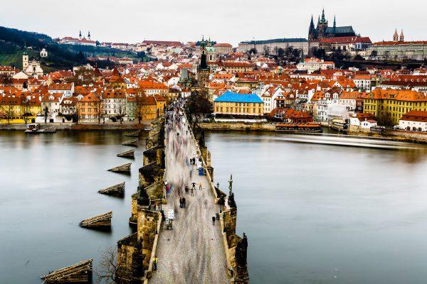 Выбираем тарифный план для поездки в Прагу в ноябре