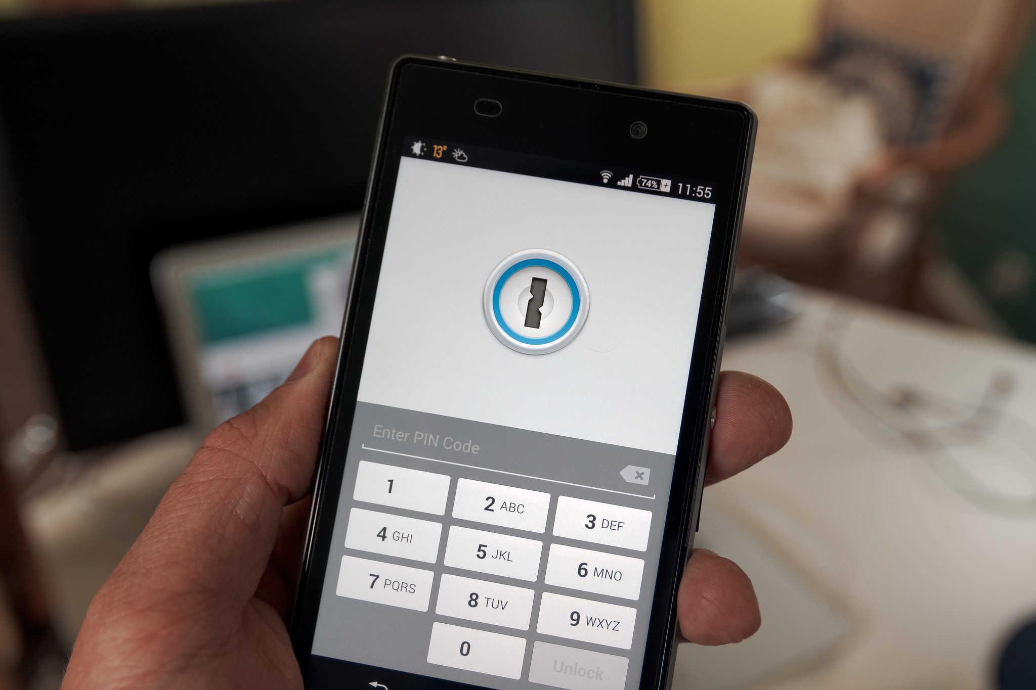 Безопасность личных данных на смартфоне: 8 приложений