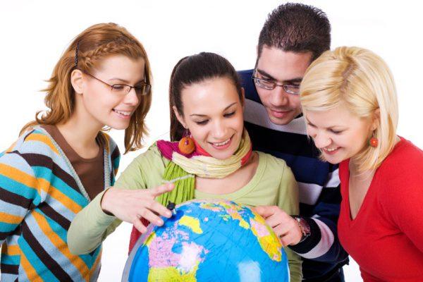 Что нужно учитывать при выборе школы для изучения английского за границей?