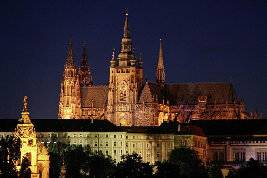 План действий туриста на выходные в Праге и как сэкономить на Интернете?