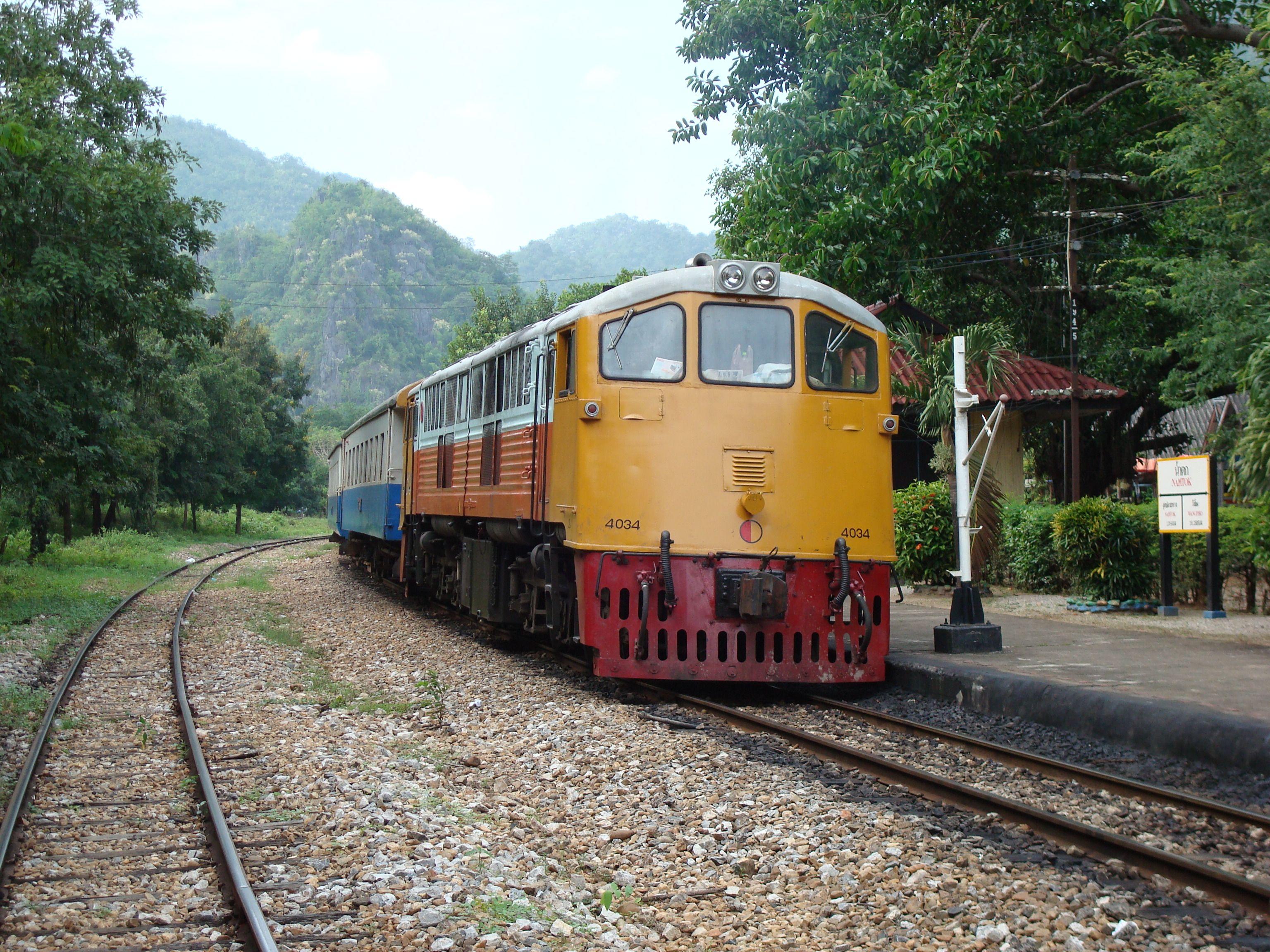 Что нужно знать туристам о старинном паровозе в Таиланде