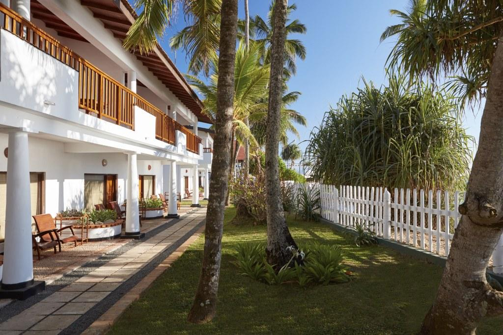 Dickwella Resort and Spa отзыв об отели и сим-карте