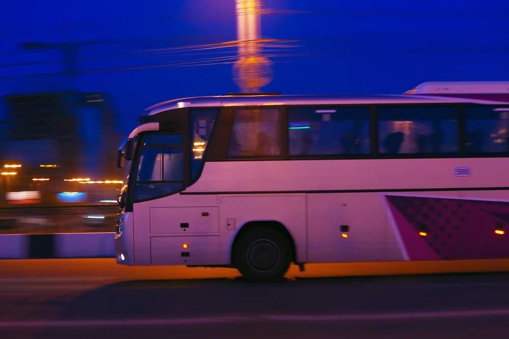 Ночные переезды в автобусных турах: правила выживания для туристов