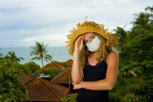 Как не заразиться во время отпуска: правила простой дезинфекции в номере отеля