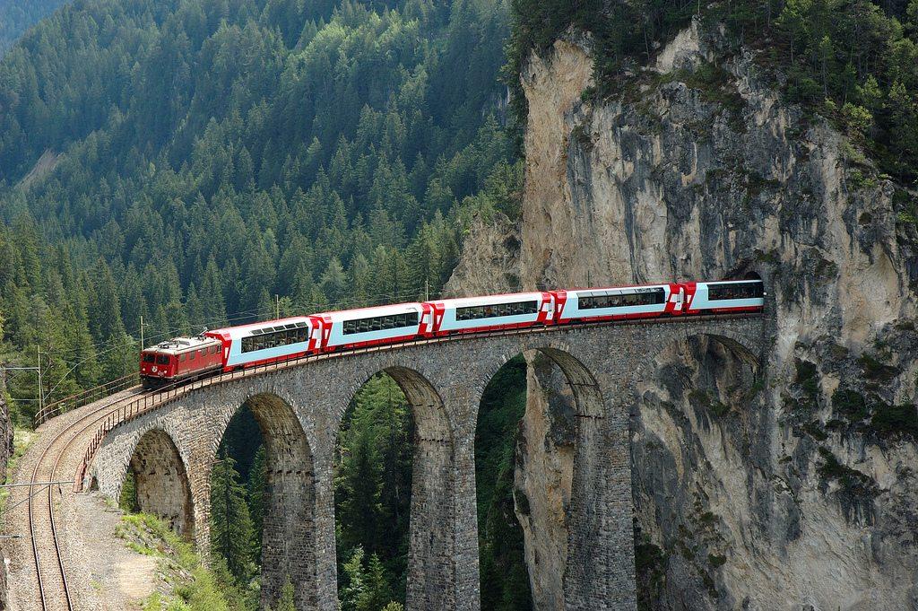 Необычные поезда, которые точно удивят вас!