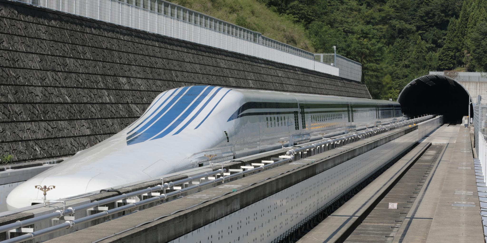 Необычные поезда, которые точно удивят