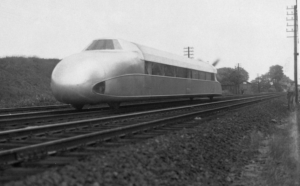 цеплин Необычные поезда, которые точно удивят